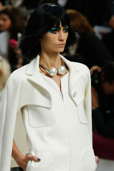Chanel SS14 headset pearl necklace on Exshoesme.com